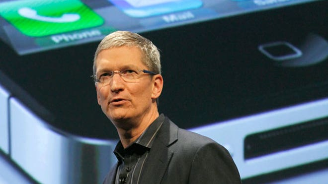 Apple CEO Tim Cook Verizon iPhone