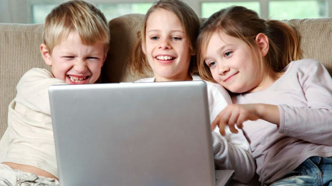 Kids on a Laptop Compute