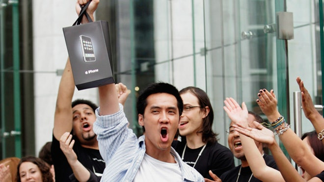 Apple-iPhone-Gadget-Customer-Excited