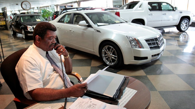 Auto-Loan-Dealership-Lease-Car-Salesman-GM