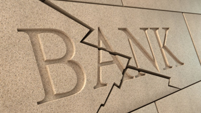 Bank-Sign-Cracked