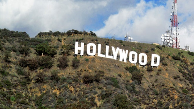 Hollywood-Sign-California-Entertainment