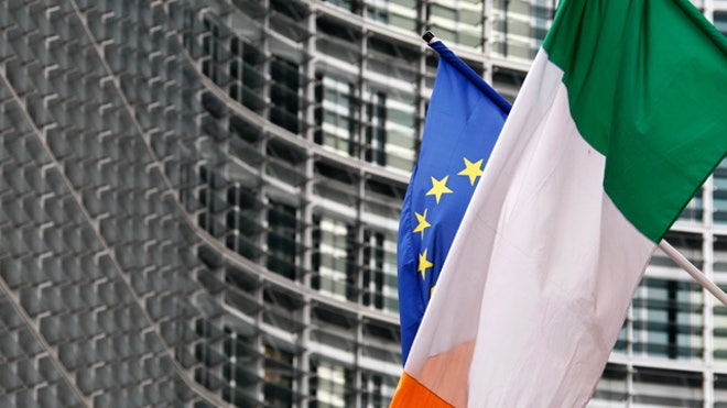 Ireland-European-Union-Flags-02