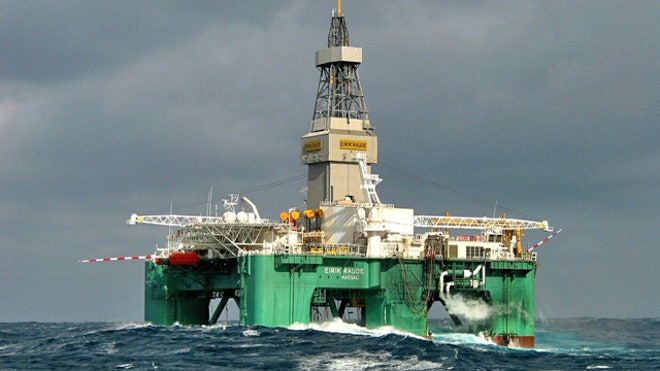 Oil-Rig-Ocean-Water-Energy