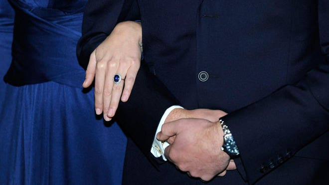 Prince-William-fiancee-Kate-Middleton-Ring