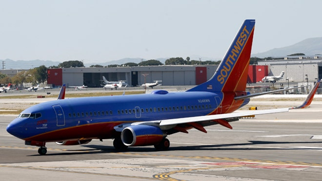 Southwest Airlines Plane 737-700