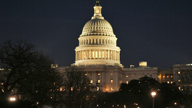 US-Capitol-Building-Night-Congress