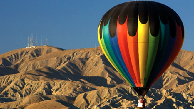 palm-springs-CA-balloon