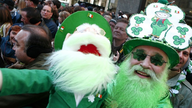 st-patricks-day-reveler-puppet