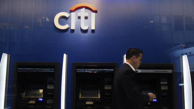 2013-05-06T191437Z_1_CBRE9451HGI00_3_CITIGROUP-PANDIT.JPG