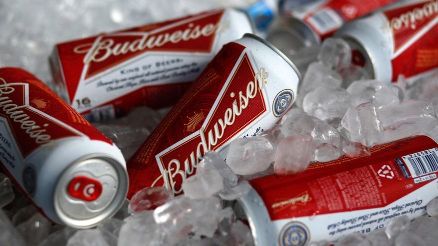 Budweiser cans, beer, Anheuser-Busch InBev, AB InBev