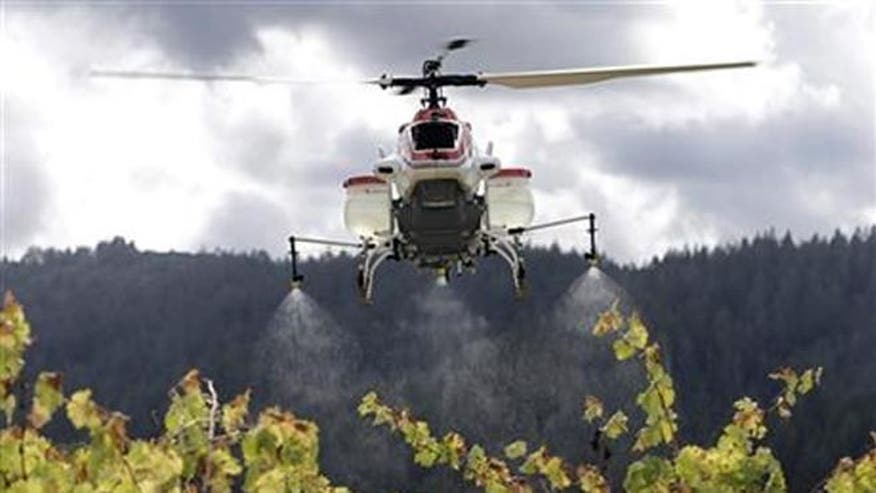 farm spray, helicopter, chopper