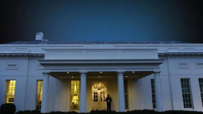 WHITE_HOUSE_NIGHT.jpg