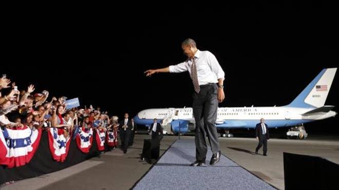 obama_pointing.JPG