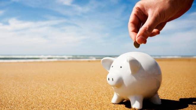 saving-money-on-vacation.jpg