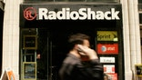 RadioShack is in talks with a major vendor about modifying a commercial agreement as the electronics retailer teeters close to
