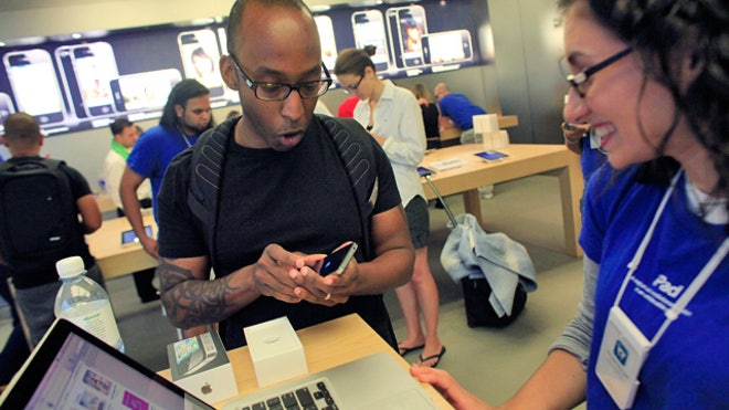 Apple Store Customer Service Desk