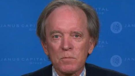 Bond king Bill Gross warns that low interest rates could have a negative impact on the U.S. economy.