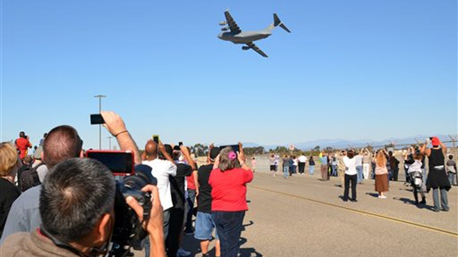 The last C- Globemaster III built at a Southern California Boeing plant soared into history on Sunday with a flyover that marked the end of an era for the region's once-thriving aerospace industry.