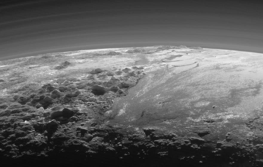 NASAPlutoCrescent2.jpg