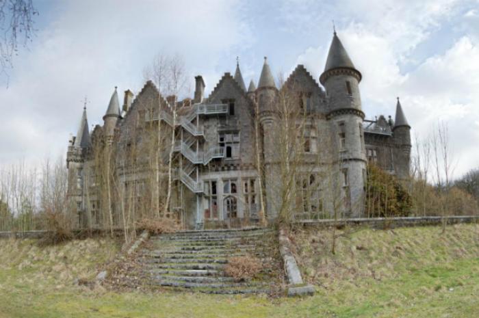Hauntingly Beautiful Abandoned Places Around The World