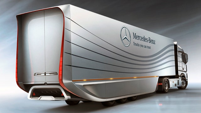 Aerodynamic Tractor Trailer : Mercedes benz developing aerodynamic big rig slideshow