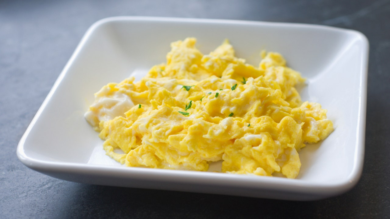 The secret to making the world's best scrambled eggs | Fox News