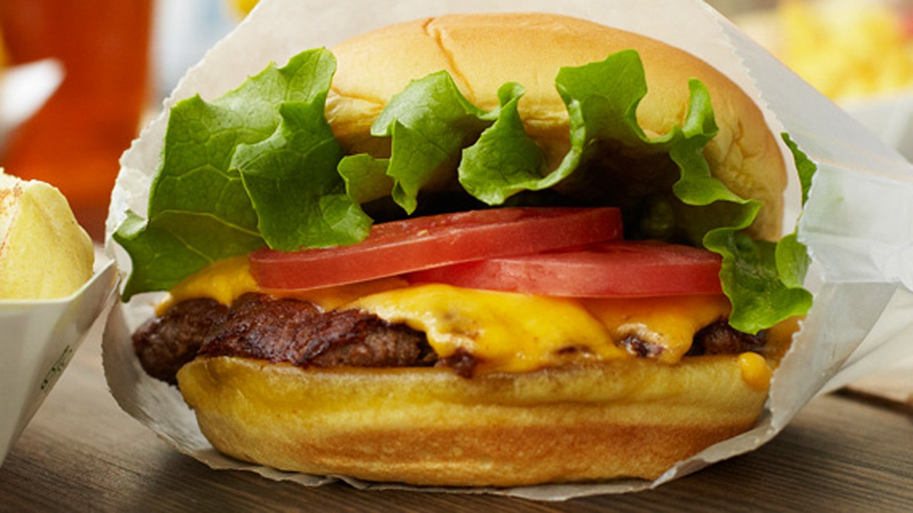 Shake Shack celebrates 100 locations with free burgers today | Fox News