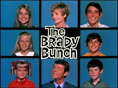 'Brady Bunch' cast reunites: Greg, Cindy and Peter return to Kings Island
