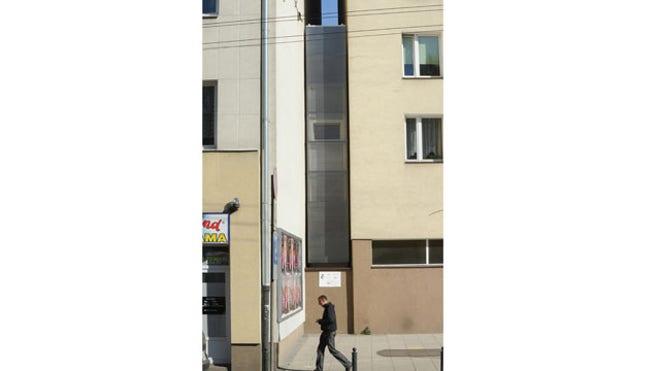 Poland slim house2.jpg
