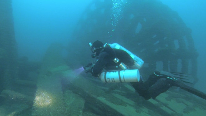 Shipwreck hunter reports finding ship lost in 1861 in Lake Huron