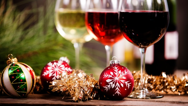 The New York City restaurateur gives his favorite wine choices for the holidays.