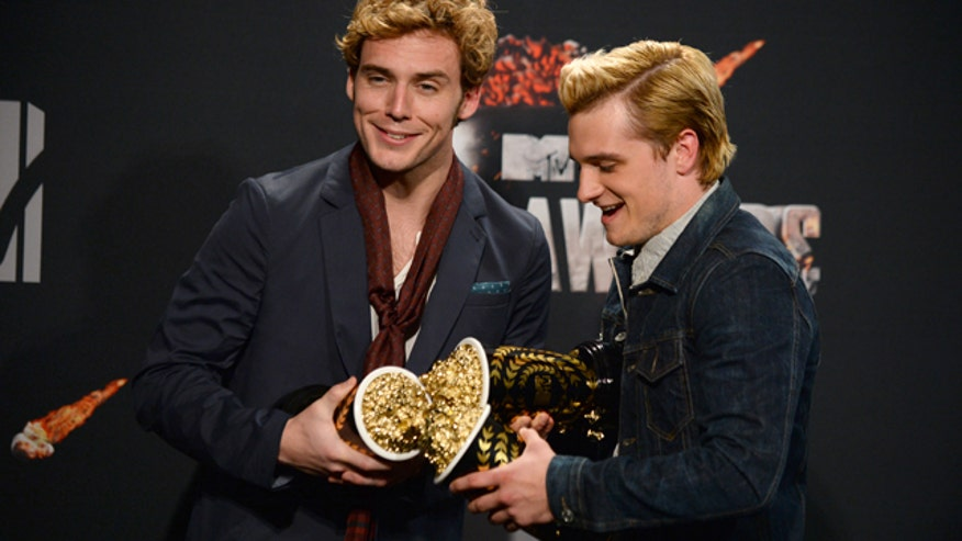 2014 MTV Movie Awards_Cham.jpg