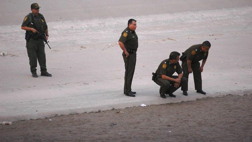 Border Patrol-Excessi_Cham640.jpg