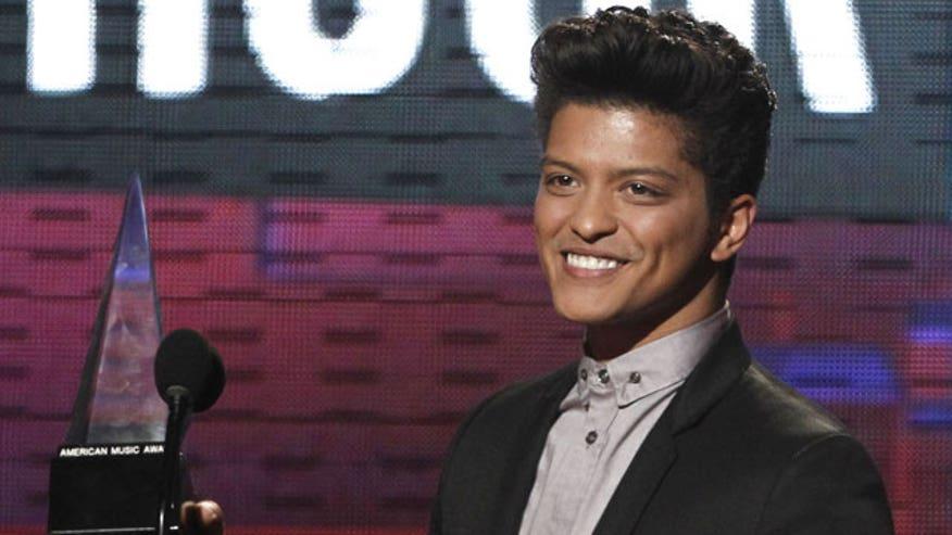 Bruno Mars AMA
