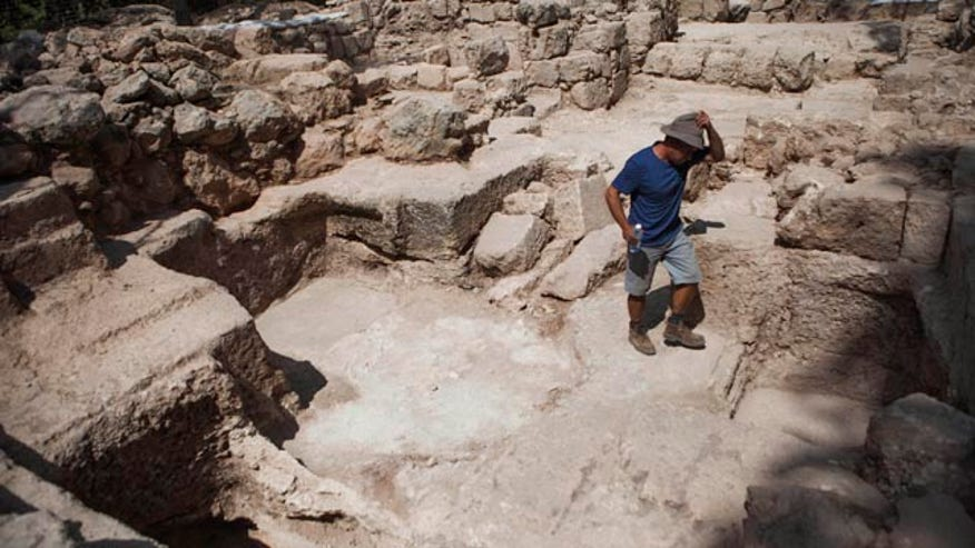 Israeli archaeologists may have found tomb of Jewish Maccabees