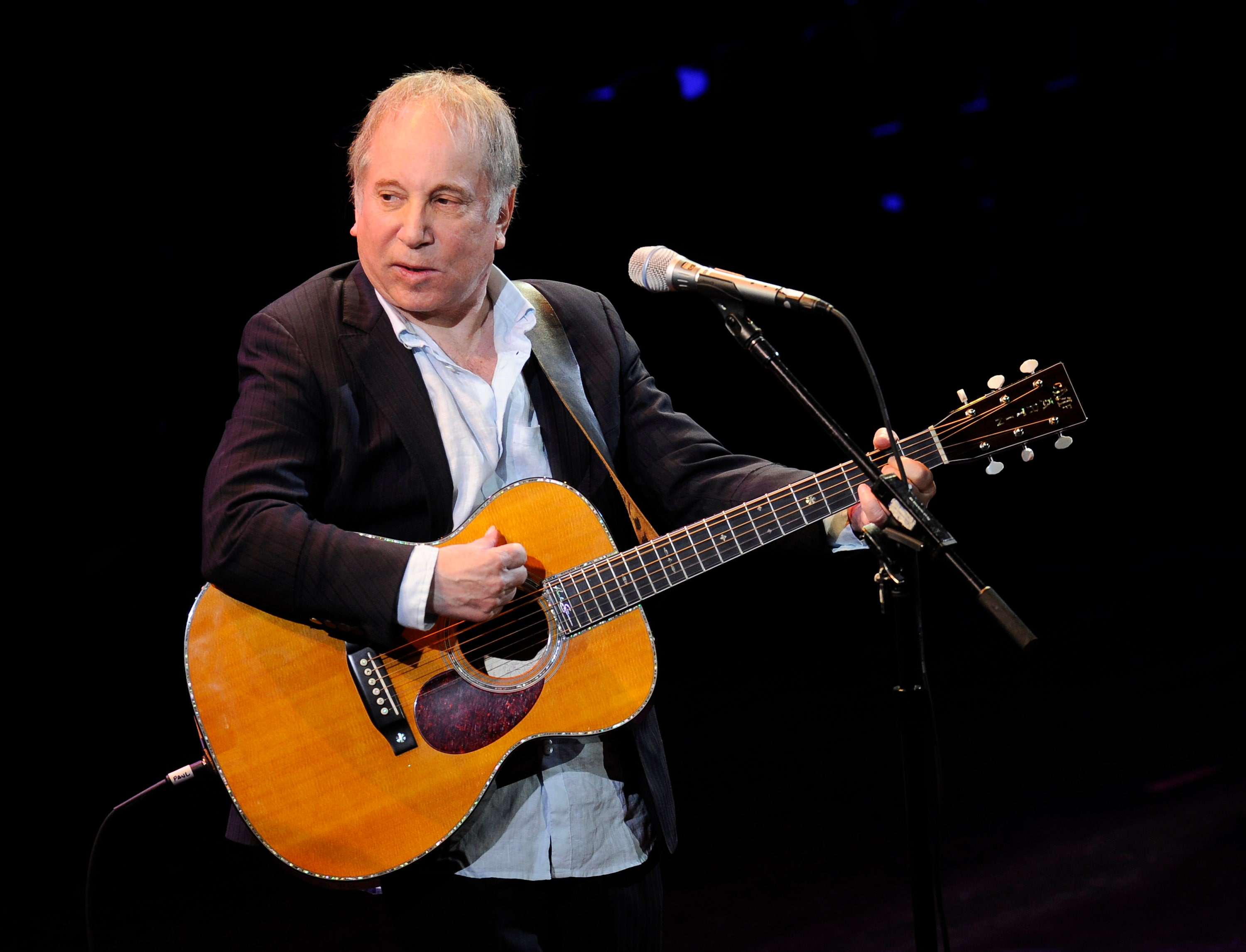 paul simon edie brickell arrested and charged with disorderly conduct fox news. Black Bedroom Furniture Sets. Home Design Ideas