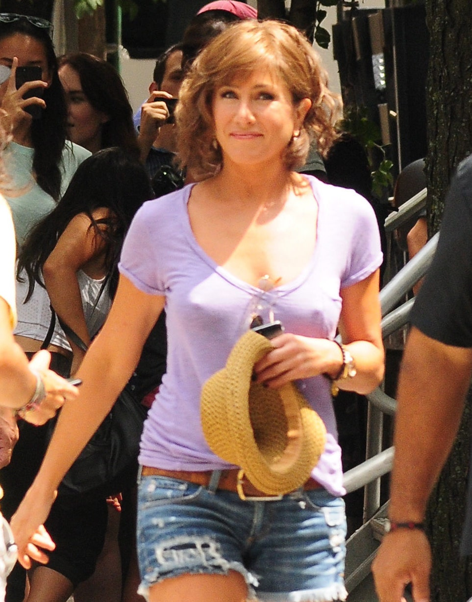 aniston%20shirt.jpg