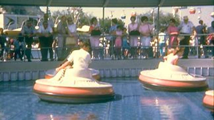 Disneyland Saucer Ride
