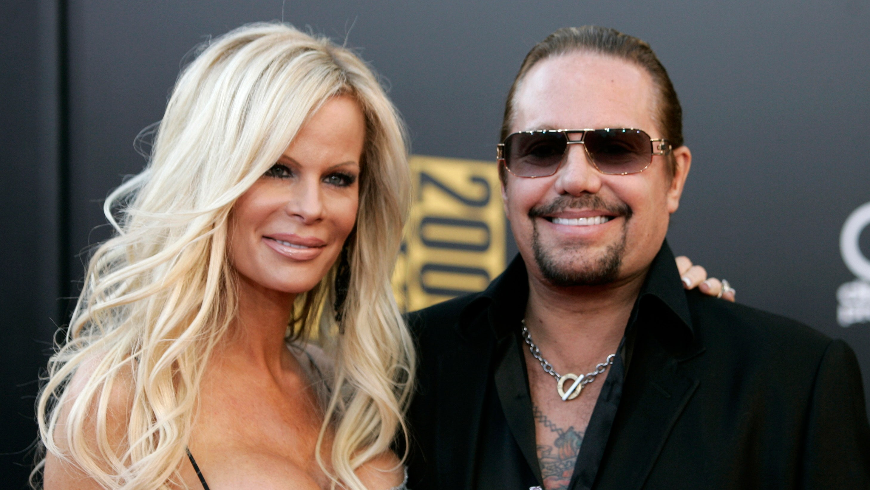 vince neil arrested on drunk driving charge fox news. Black Bedroom Furniture Sets. Home Design Ideas