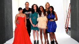Some stars of the fashion world give back to a group of teens battling life threatening illnesses.