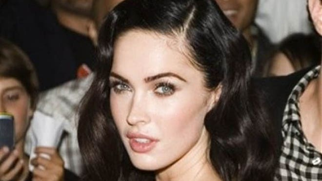 Megan Fox Red Carpet 640