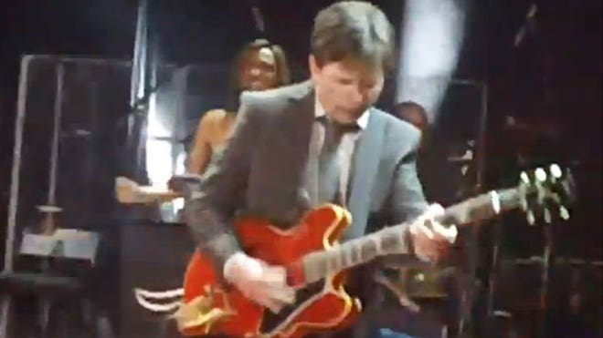 michael j fox guitar playing 2011 640