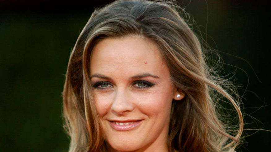 Alicia Silverstone With Makeup