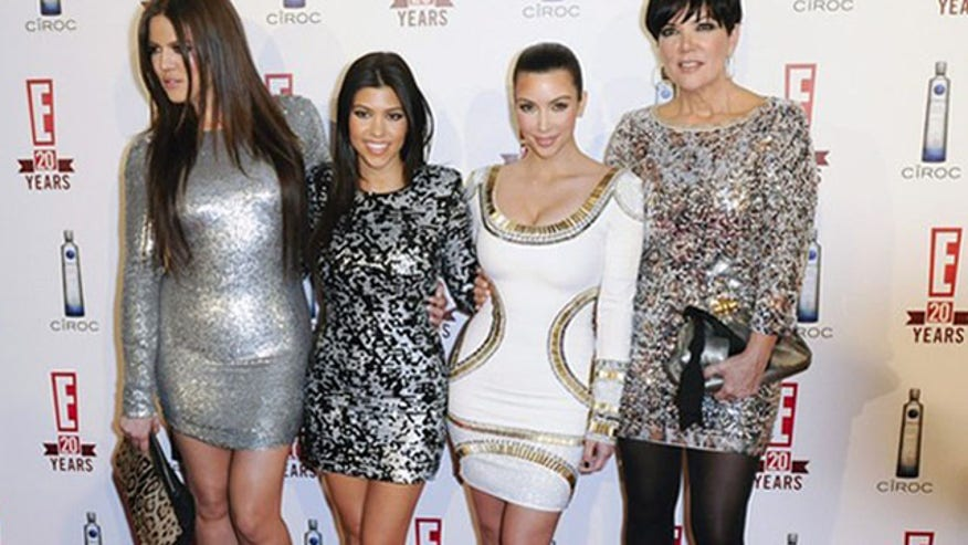 Kim Kardashian with sisters and mom 640