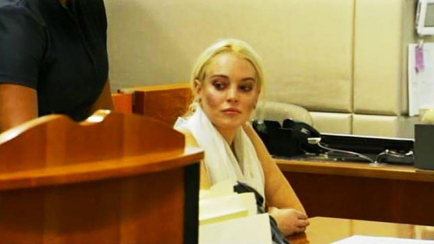 Lindsay Lohan Oct 19 Court 640