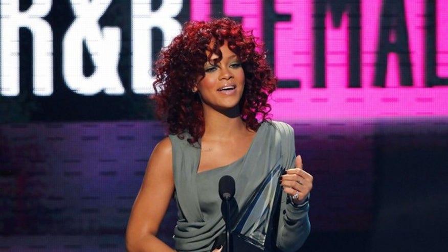 RihannaAMA