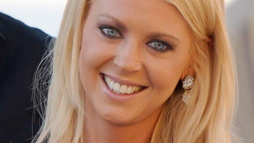Tara Reid Smile 640
