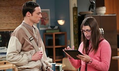 The Big Bang Theory contract standoff continues and has forced production of the new season to be postponed.
