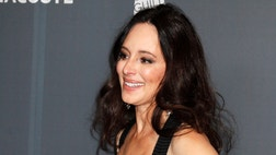 Mel Gibson may not have many friends left in Hollywood, but he can count his former co-star Madeleine Stowe among them.